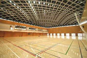 新文京体育館内部